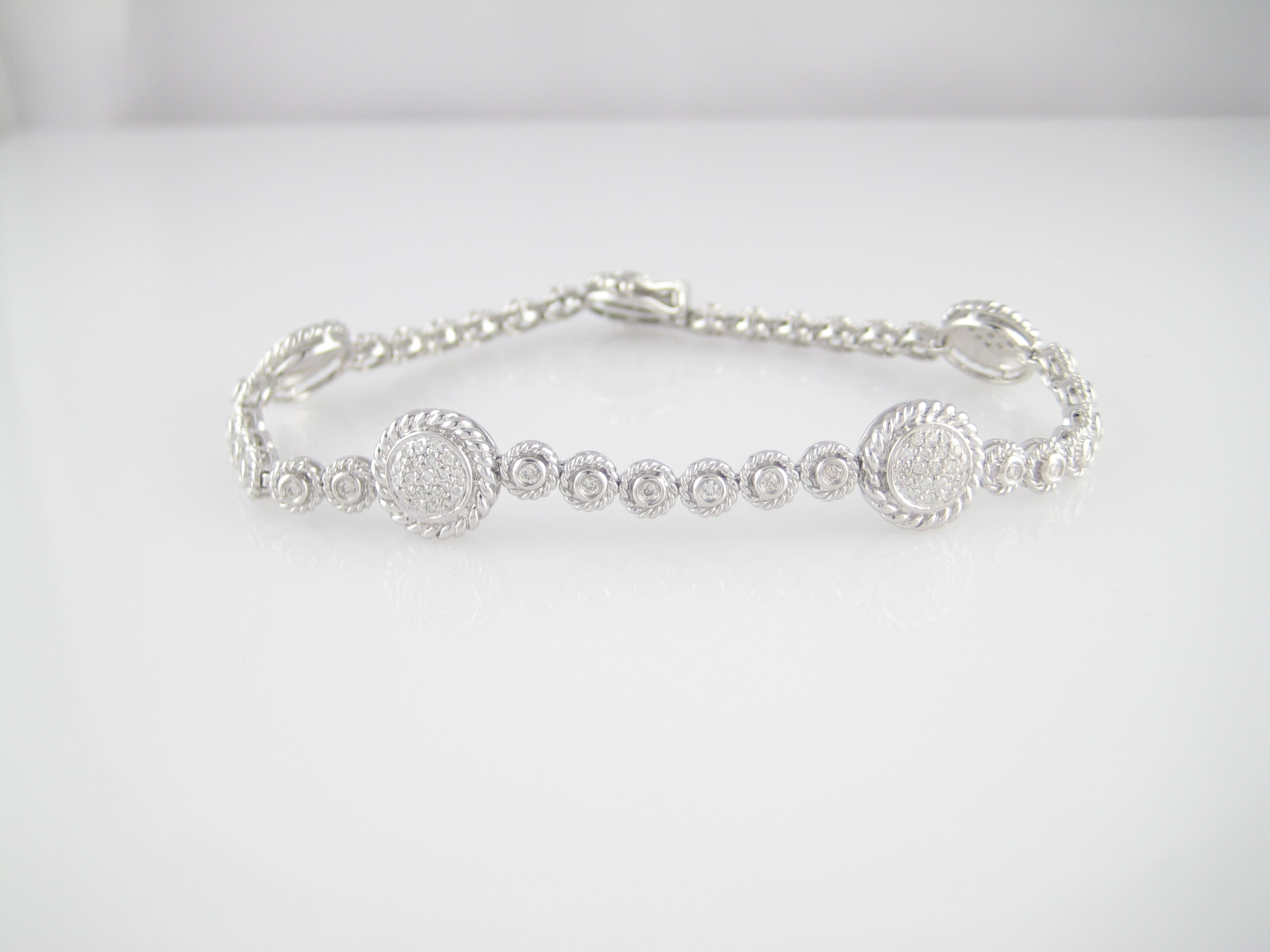 14K Ladies Diamond Bracelet